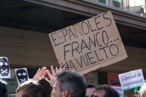 Manifestación_contra_la_Ley_Mordaza_en_Madrid_20-12-2014_-_01