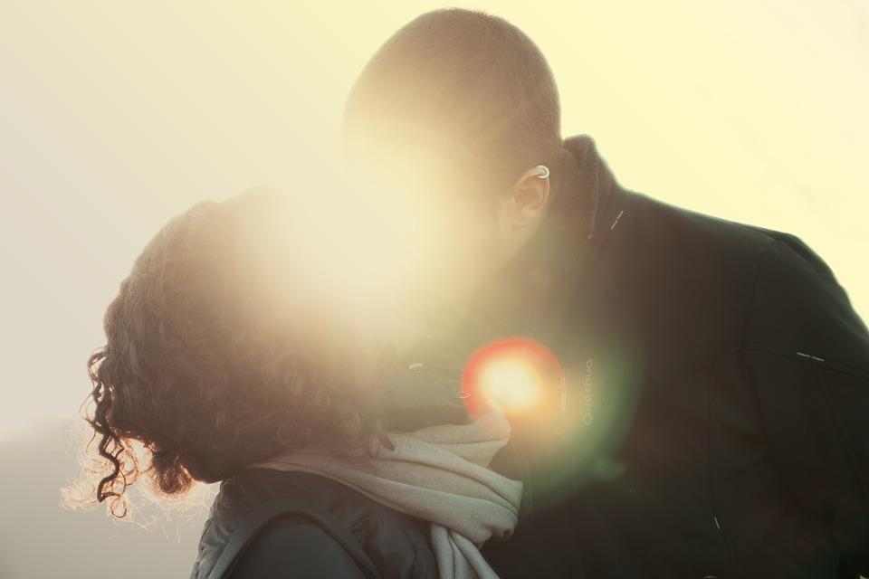 couple-407150_960_720