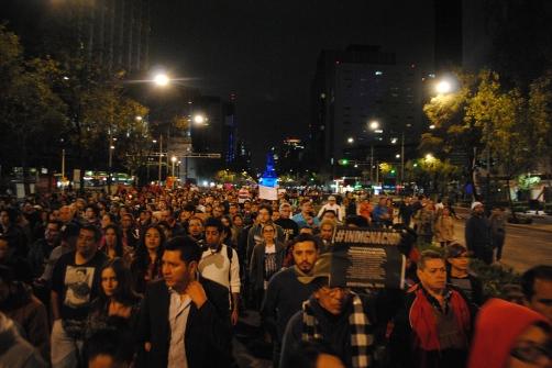 Manifestación_PGR_al_Zocalo_-_43_desaparecidos