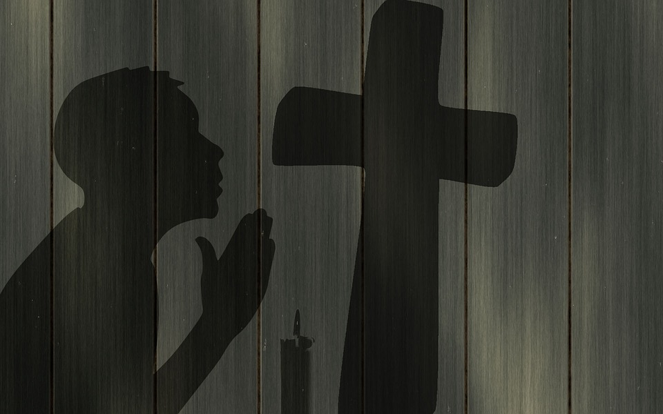 pray-1359099_960_720
